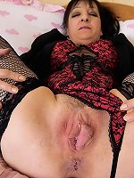 Old slut Stella shows us hairy stretched cunt